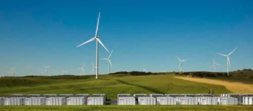 Tesla will develop the biggest lithium-ion battery system in Australia Source: Tesla, Twitter