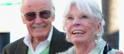 The British model Joa Lee has died at the age of 93 after suffering from stroke. Image via YouTube/Wochit News