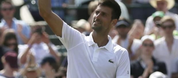 Federer, Djokovic win in 3 sets this time at Wimbledon - appsforpcdaily.com