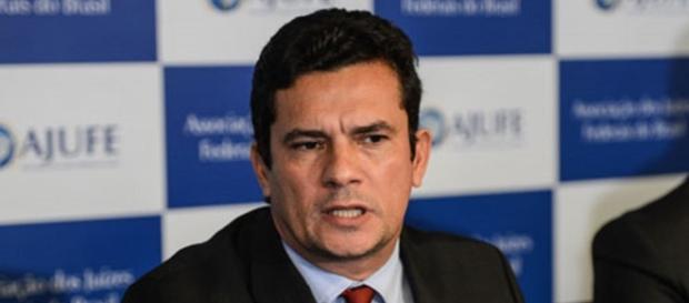 Juiz Sérgio Moro envia ofício para desembargador sobre caso de petista.( Foto: Reprodução)
