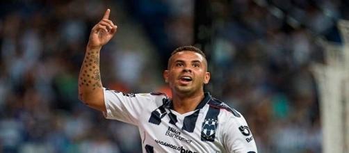 Edwin Cardona, el colombiano no quiere continuar en Monterrey.