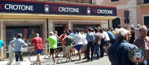 Riparte la Campagna Abbonamenti dell'F.C. Crotone