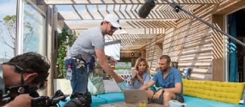 Rodaje de una escena de 'Démain nous appartient', el nuevo culebrón francés que espera durar mucho tiempo en antena