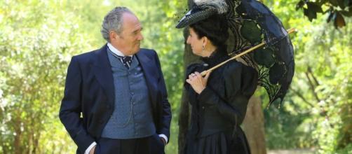 Una Vita, trame Spagna: Ursula incontra il padre di Cayetana?