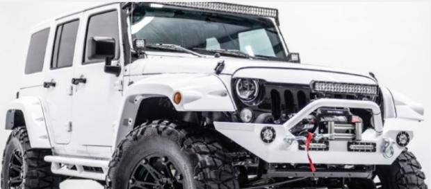 A New Jeep Wrangler Pickup Truck is Officially Coming in 2017 Top Destination/Youtube