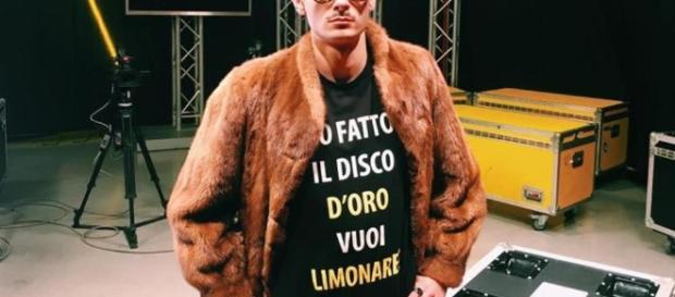 """Salmo accusa Rovazzi di plagio, è davvero """"tutto molto ... - lastampa.it"""