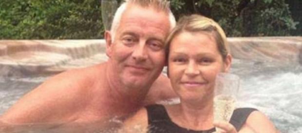 Sarah Lewis, com o marido Andrew
