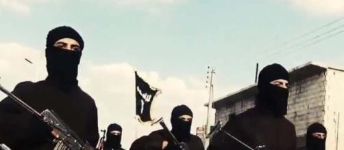 ISIS, espatriato uomo Algerino - cnn.com