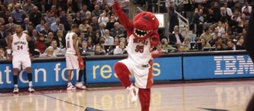 Picture of Raptor, the Toronto Raptors mascot by author Adam Lazzarato via Wikimedia Commons