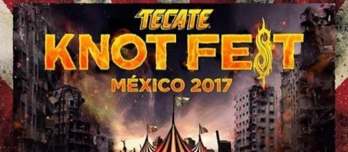 Tecate Knotfest México 2017 - Taking Back Sunday.
