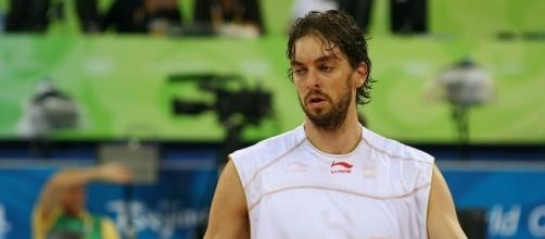 Veteran center Pau Gasol wants to remain with the Spurs -- Richard Giles via WikiCommons