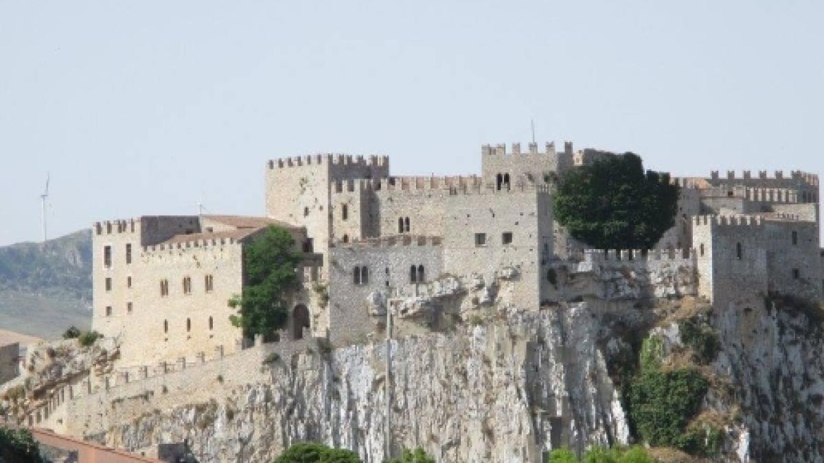Risalente al nuovo castello PA