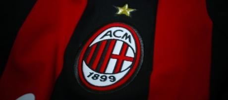 Logo maillot AC Milan (via Flickr / Maarten Van Damme)