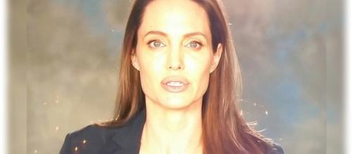 Angelina Jolie critica acusações de exploração infantil em seu novo filme