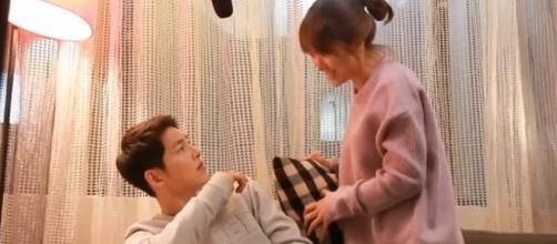 DOTS Part 5 - ROMANCE Song Jong Ki and Song Hye Kyo Sleeping Together / null / YouTube Screenshot