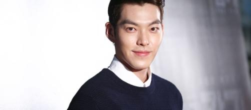 KIm Woo Bin is reportedly recovering well after first stage of cancer treatment but lost 10 kilos in the process. source: Wikimedia Commons