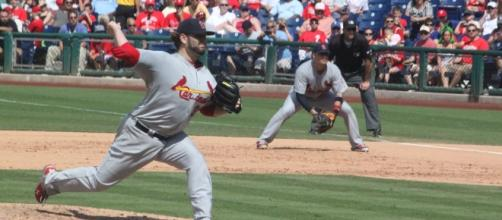 Lance Lynn with the pitch for the Cardinals in Philadelphi… | Flickr - flickr.com