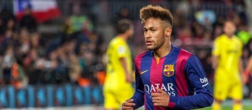 Le brésilien Neymar sous le maillot du FC Barcelone contre Villarreal (Creative Commons)