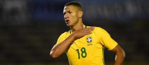 Richarlison joins Watford from Fluminense watfordfc.com