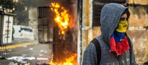 Venezuela's Riots by J Dropped via Flickr