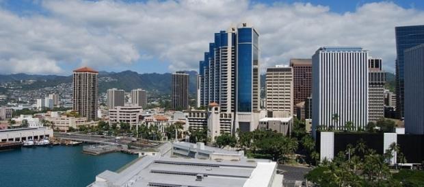 Downtown view of Honolulu (credit – Janine – wikimediacommons)