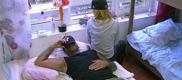 Es kracht zwischen Aurelio Savina (39) und Freundin Lisa Freidinger (28) / Foto: MG RTL D