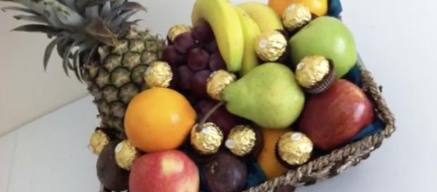 Fruit baskets in the kitchen / Screenshot via YouTube