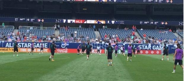 Real Madrid trains at Soldier Field in Chicago (Twitter Jeff Carlisle)