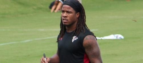 Devonta Freeman's extension includes $17.3 million in fully guaranteed money -- Thomson200 via WikiCommons