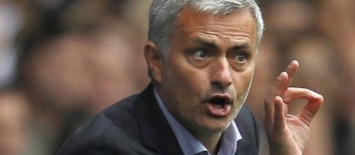 José Mourinho, allenatore del Manchester United: i Red Devils starebbero per 'soffiare' un obiettivo di mercato dell'Inter