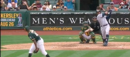 Nelson Cruz hit multiple home runs to help lead Seattle to a 6-3 win over Oakland on Wednesday. [Image via MLB/YouTube]