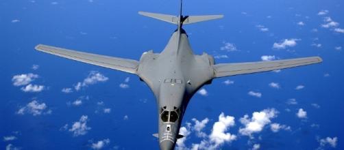 The B-1 strategic bomber in flight. - pixabay.com