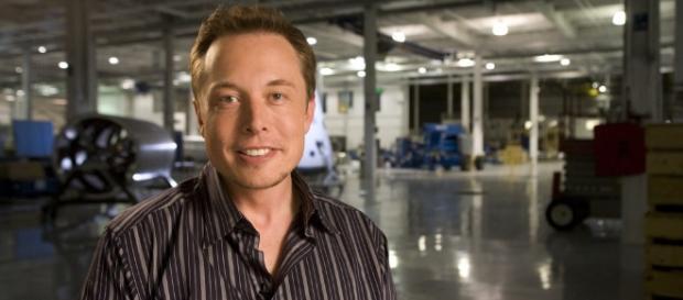 The Tesla boss Elon Musk is still friends with ex-girlfriend Amber Heard. ~ Flickr/OmInnovation