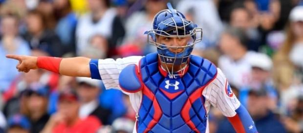 Willson Contreras Leaves Cubs Game With Apparent Hamstring Injury - fanragsports.com
