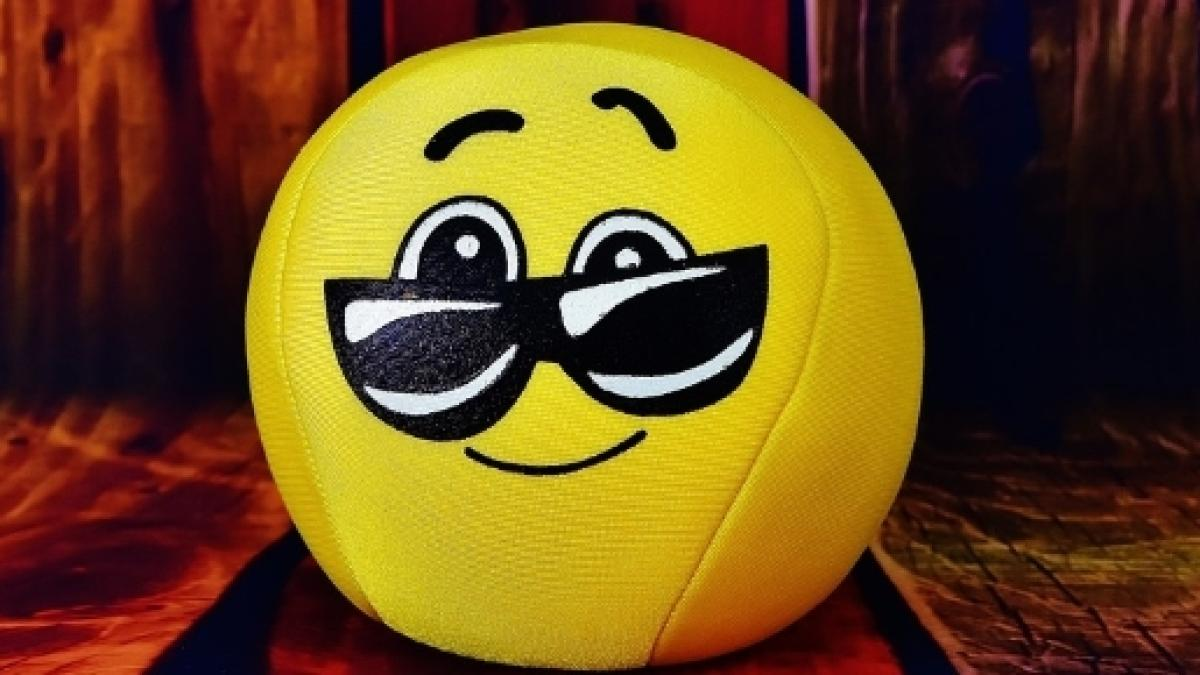 9d034c97dd1 Free photo smiley cool glasses cute face free image on pixabaycom jpg  1200x675 Angry pixabay ball