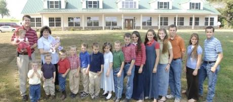 """Jinger Duggar goes """"transgender"""" in manly clothes and sports? Source Wikimedia"""