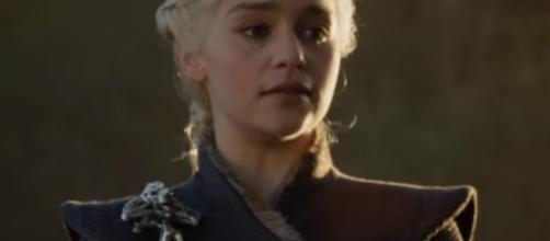 """Daenerys (Emilia Clarke) forces Lannister army to join her in """"GoT"""" S07, Ep05--YouTube.com/GameofThrones"""