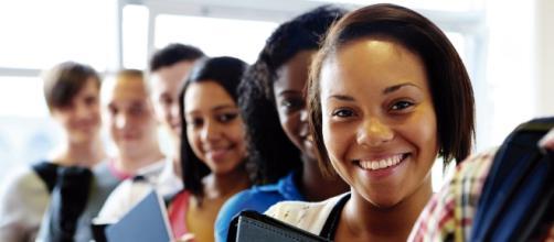 O objetivo da educação profissional é transformar o ensino de conteúdos em competências para o trabalho. https://www.google.com.br/