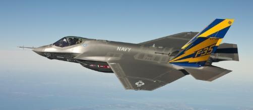 The F-35 needs costly upgrades - Image via Pixabay