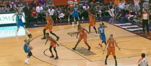 The Phoenix Mercury edged the Dallas Wings 101-100 in overtime on Thursday. [Image via WNBA/YouTube]