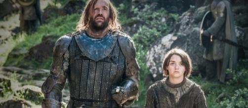 Will Arya & The Hound Reunite On 'Game Of Thrones'? They're Bound ... - romper.com