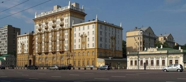 Embassy of the United States in Moscow (credit – NVO – wikimediacommons)