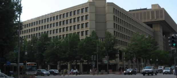 FBI building in Washington, D.C. origin on Trump-Russia investigation. / [Image by Ken Lund via Flickr, CC BY-SA 2.0]