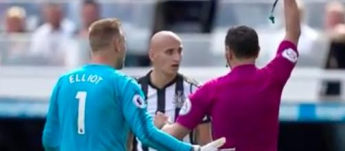 Jonjo Shelvey sending off vs Spurs via Go Sport / Youtube