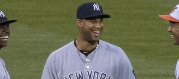 Hicks made the difference, Wikipedia https://en.wikipedia.org/wiki/Aaron_Hicks#/media/File:Aaron_Hicks_on_May_5,_2016.jpg