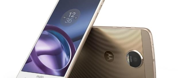 Motorola Moto Z and Moto Z Force: Release date, specs and ... - pocket-lint.com