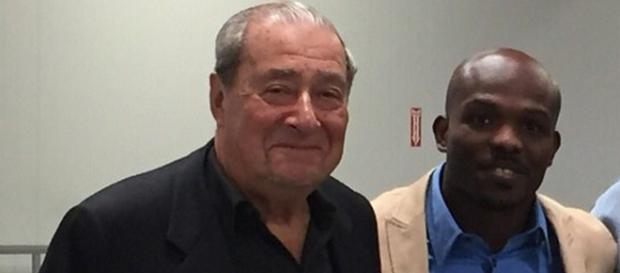 Top Rank promoter Bob Arum and Timothy Bradley Jr. [Image via Twitter/@TimBradleyJr]
