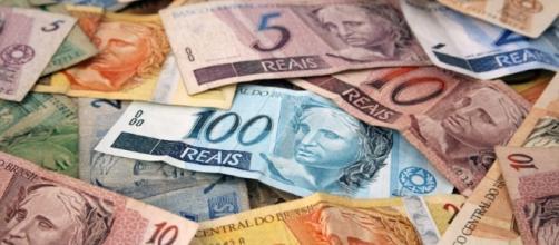 Metade do lucro do FGTS de 2016 será creditado nas contas dos trabalhadores