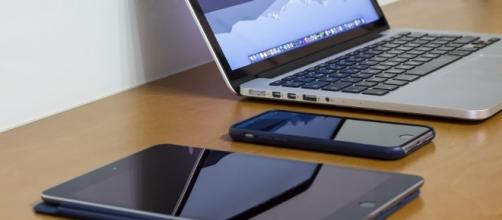 "iPad Mini 4, iPhone 6s & MacBook Pro retina 13""   [Image credit: Flickr]"