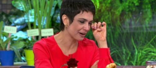 Jornalista Sandra Annemberg se emocionou muito durante participação em programa da TV Globo